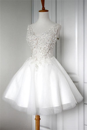 V-neck White Lace Appliques Short A-line Cute Lace Up Homecoming Dresses Z0014
