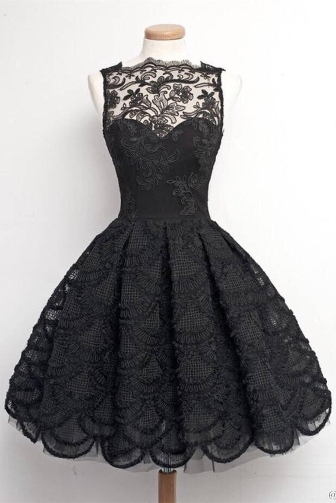 Vintage Black Lace A-line Modest Homecoming Dresses For Teens Z0043 - Bohogown