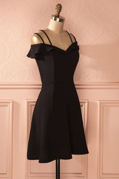 4cfc8dd00db Modest Simple Black Short Homecoming Dresses Charming Cocktail Dresses Z1304