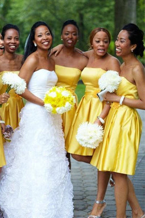 Formal Strapless Yellow Satin Short A-line Simple Bridesmaid Dresses Z1450