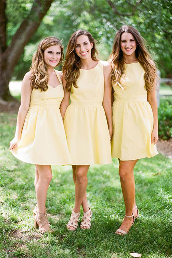 Knee Length Daffodil Short A-line Satin Simple Bridesmaid Dresses Z1478