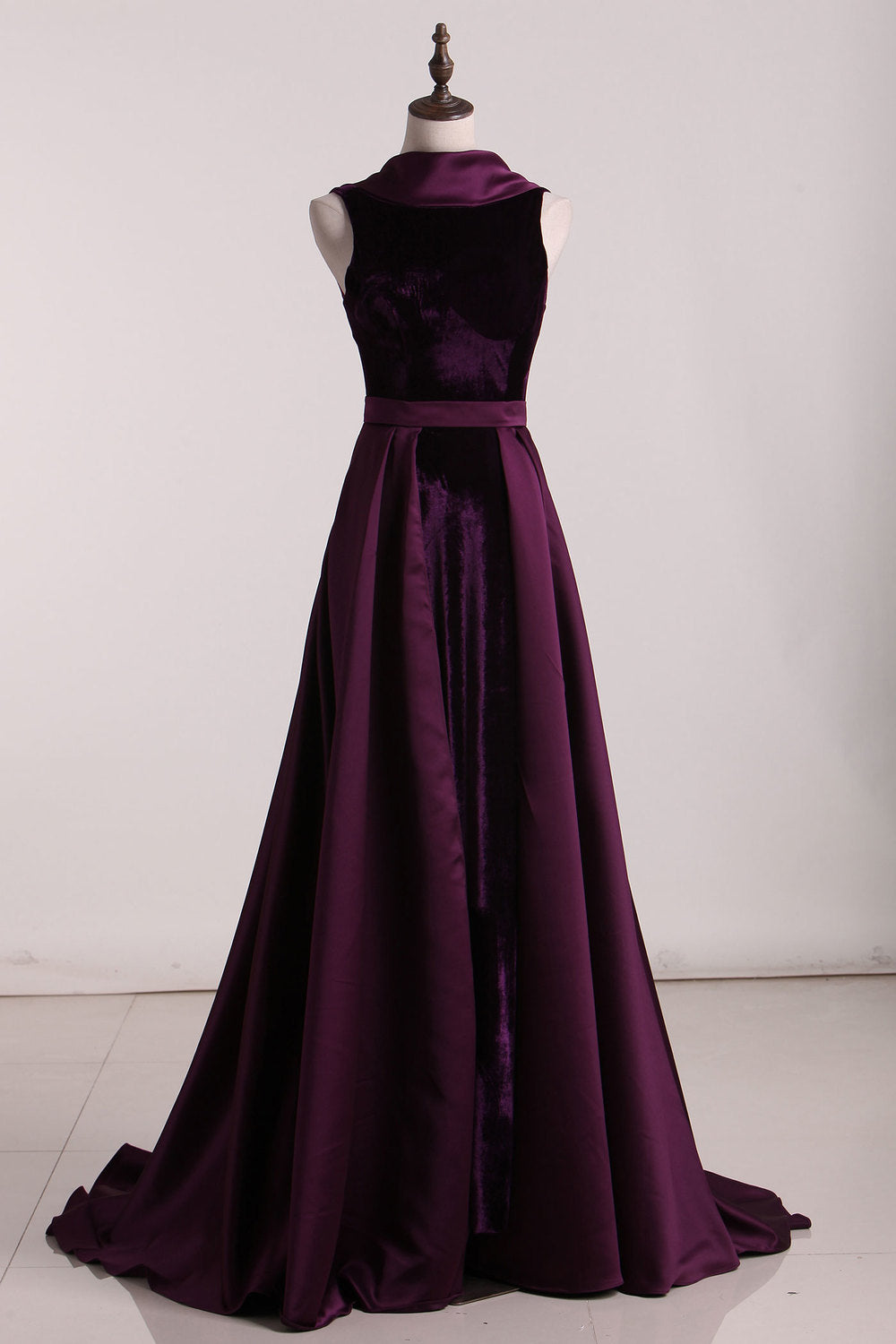 Charming Open Back Grape Long Simple Modest Velvet Prom Dresses Z1603