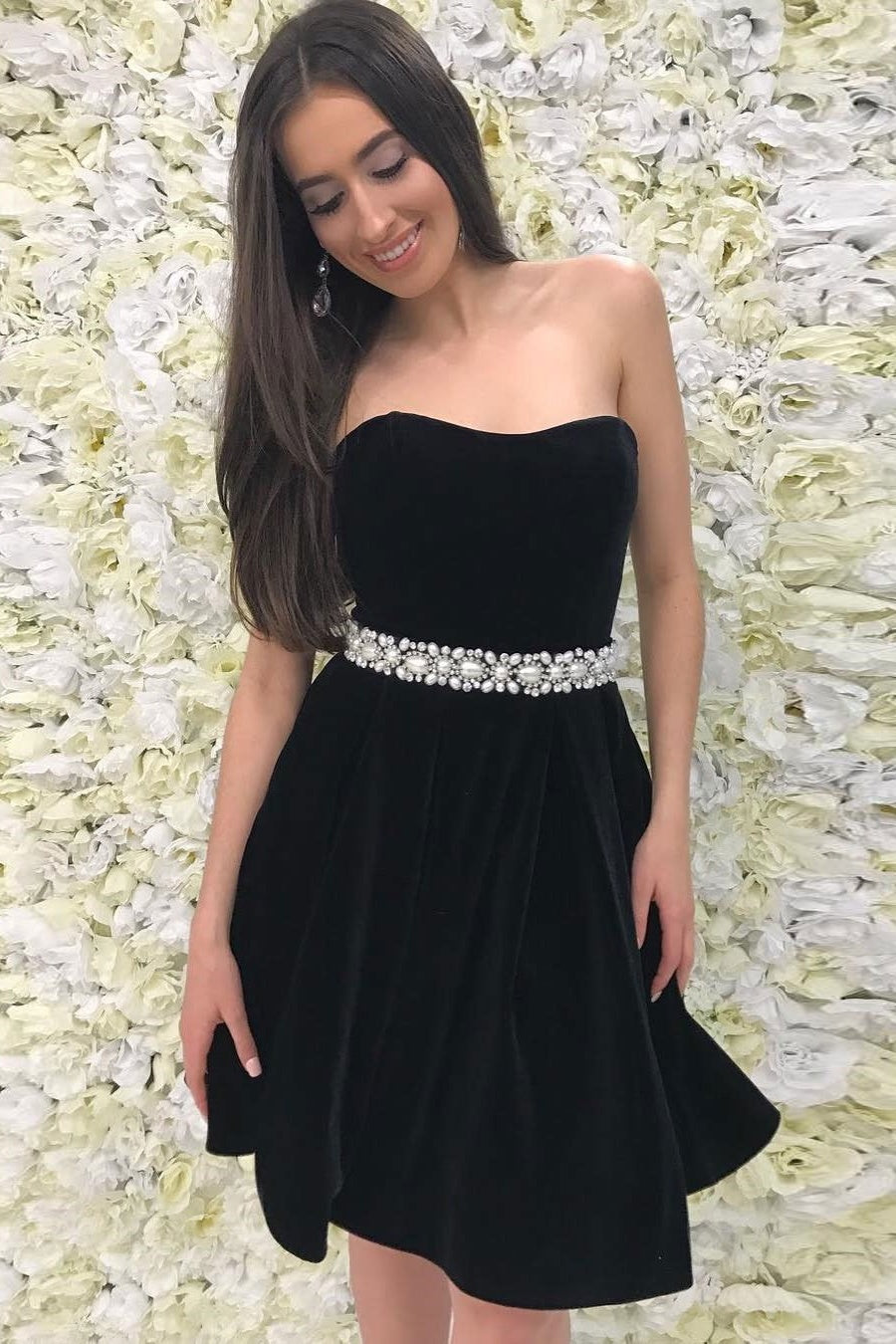 Modest Sweetheart Black Simple Cheap Beading Cocktail Dresses Homecoming Dresses Z2037