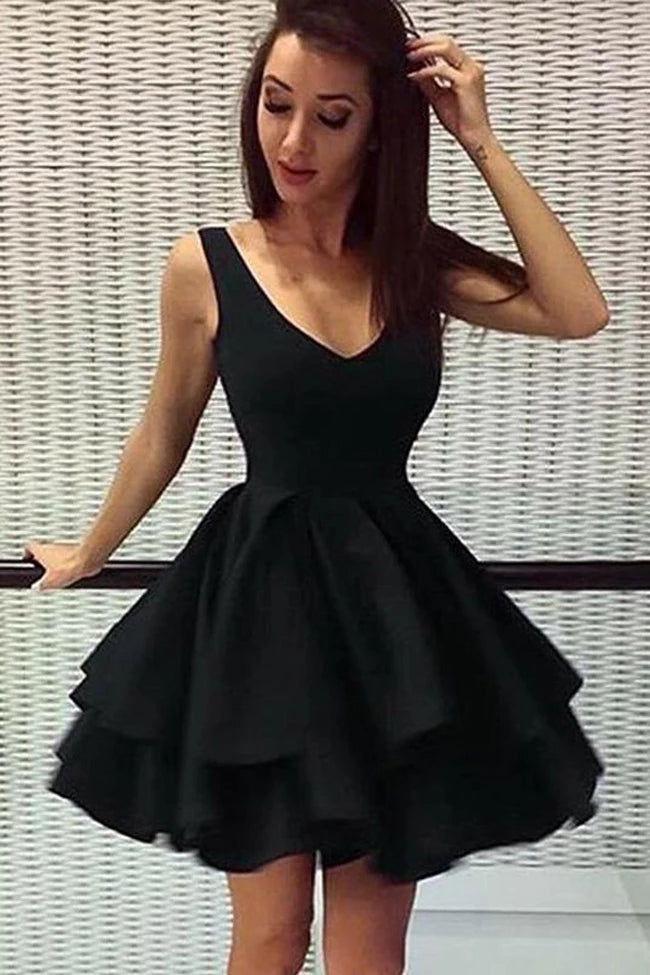 Vintage Black Simple V-neck Backless Short Homecoming Dresses For Teens Z2194