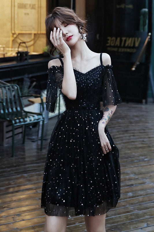 Spaghetti Straps Black Sparkly Short Homecoming Dresses Cute Dresses Z2218