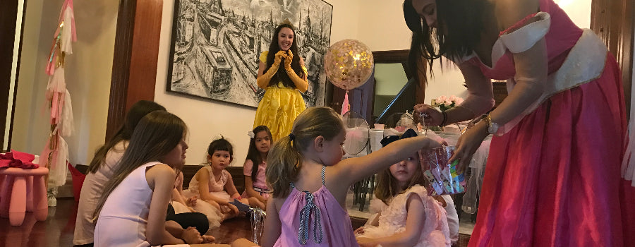 princess entertainers pampering little girls at a kids party in the Eastern Suburbs