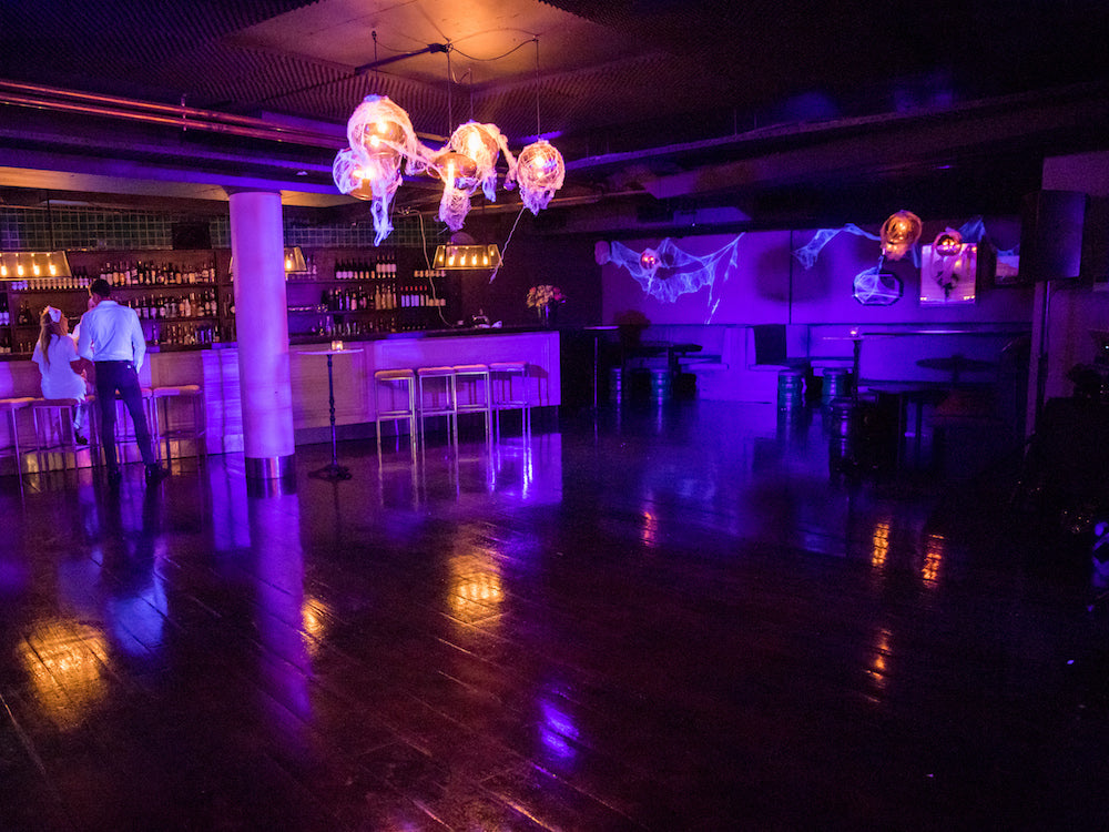 Halloween Decorations: the spooky Halloween party dance floor