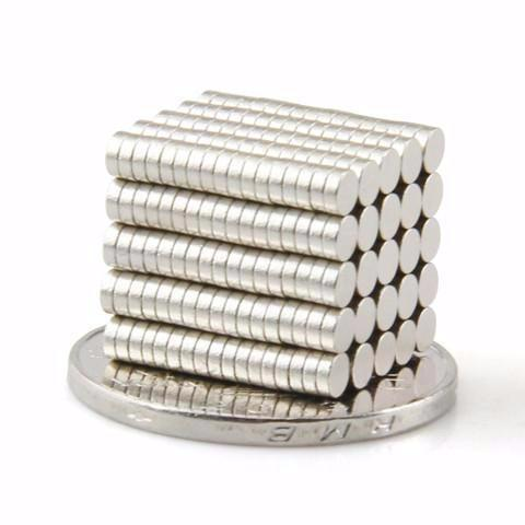 200 Pack Rare Earth Strong Industrial Magnets Neodymium Magnet Round 3mm X 1mm