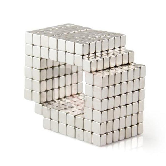 100 Pack 4 x 4 x 3mm Neodymium Rare Earth Block Magnets N50