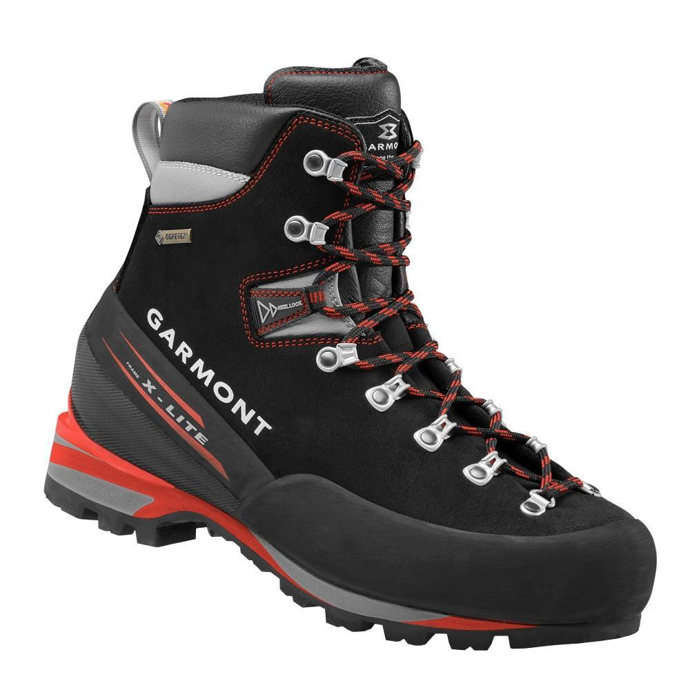 Garmont Pinnacle GTX Mountaineering Boot, in black and red colours