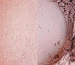 Silk Glow Finishing Powder by Earthnicity Minerals London