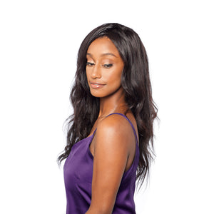 A body wave lace frontal finishes off this loose wave hairstyle beautifully