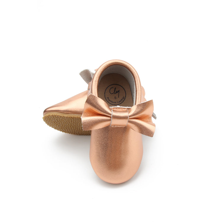 Classic bow hard bottom rose gold clay mocc