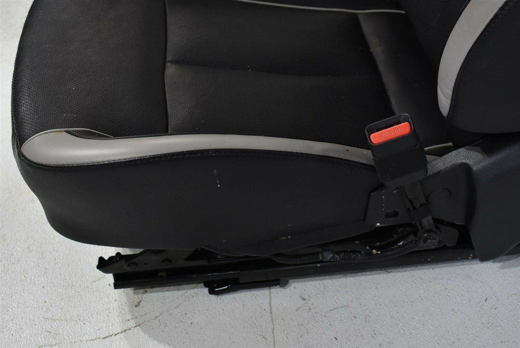2013-2017 Hyundai Veloster Seat Assembly Front Right Passenger RH OEM 13-17