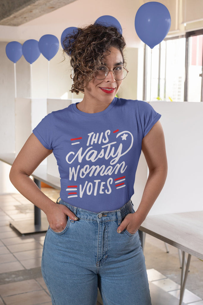 This Nasty Woman Votes - Women's Triblend T-shirt