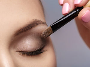 Eye Shadow Primer Makeup: Dual-Action (Vitamin C Hyaluronic Acid), Monica Ann Beauty