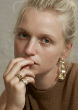 Load image into Gallery viewer, Susanne Earring - Trine Tuxen Jewelry