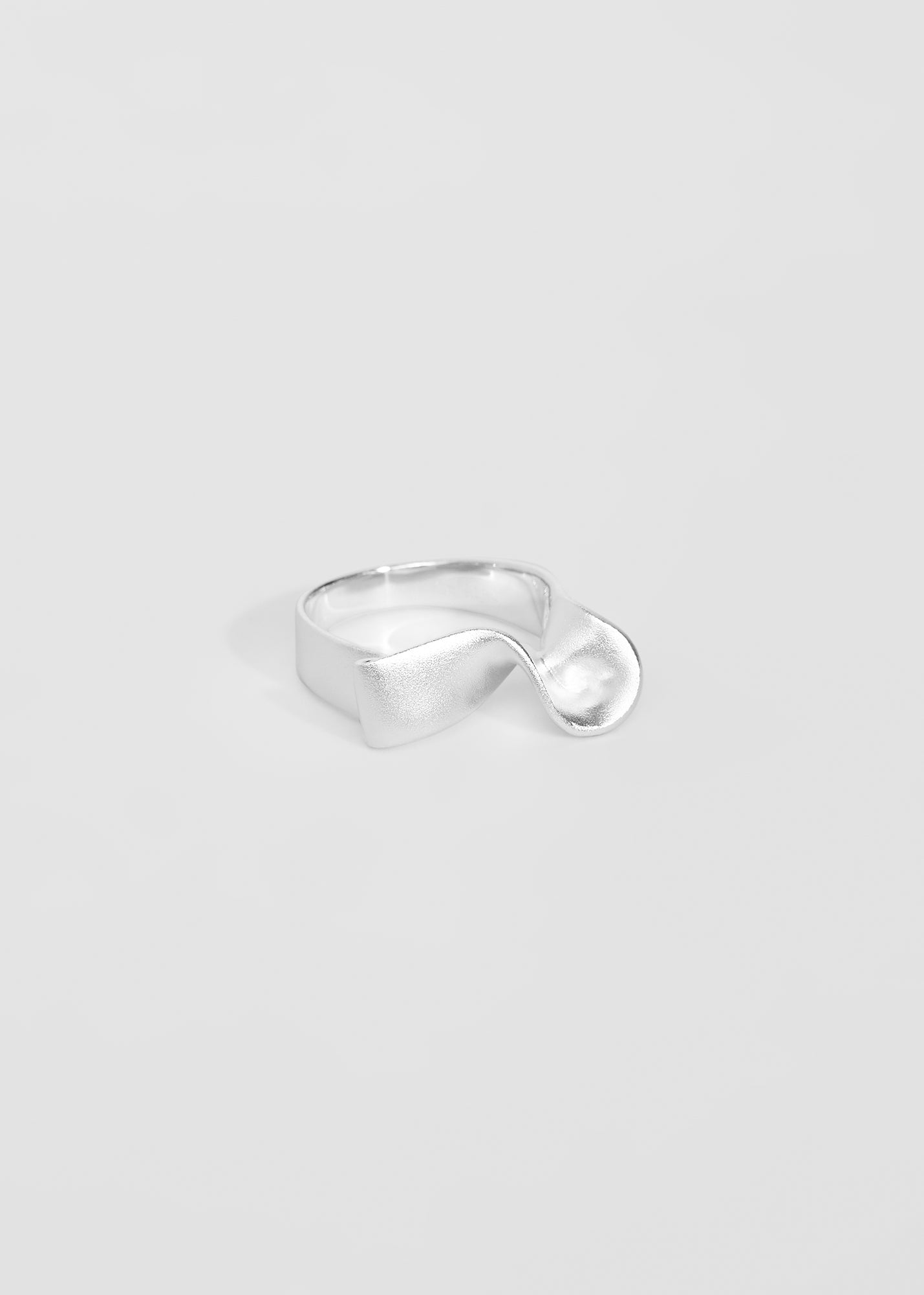 Ribbon Ring II - Trine Tuxen Jewelry