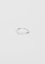 Load image into Gallery viewer, Wave Ring II - Trine Tuxen Jewelry