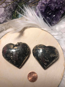 Pyrite puffy hearts - Angel Eyes Shop
