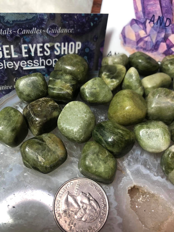 Vesuvanite aka idocrase - Angel Eyes Shop