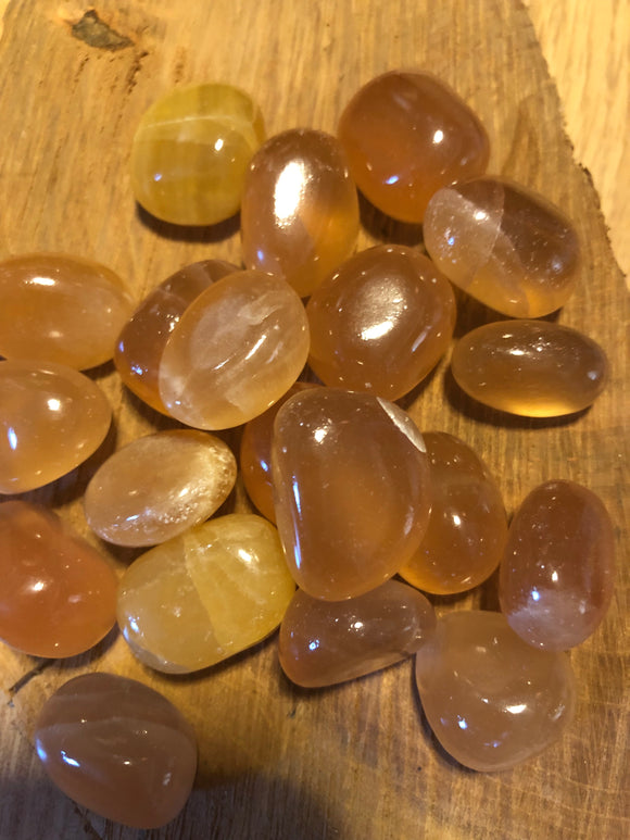 Honey calcite - Angel Eyes Shop