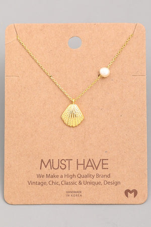 Dainty Seashell Necklace with Pearl