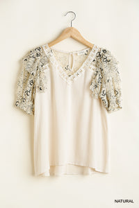 V-Neck Floral Lace Ruffle Sleeve