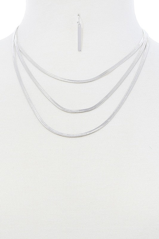 Silver Simple Elegant Necklace