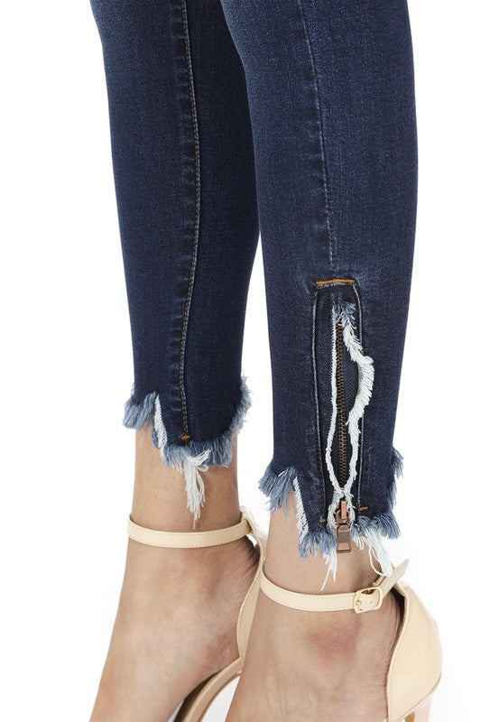 Skinny High-Rise Ankle Zipper Detail
