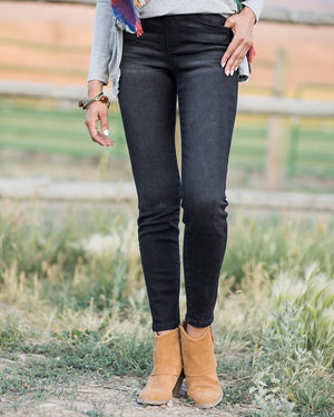 Black Skinny Mid-Rise Pull-On