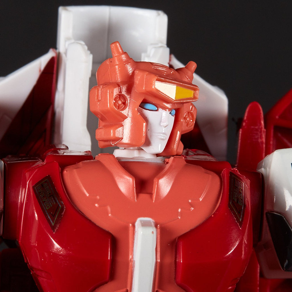 Transformers: Generations Power of the Primes Voyager Class Elita-1 630509648801