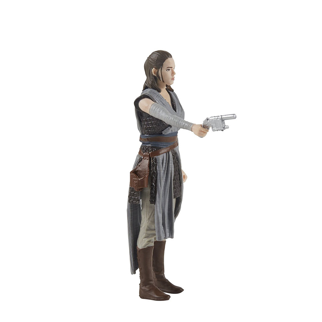 Star Wars: The Last Jedi Rey (Jedi Training) with blaster