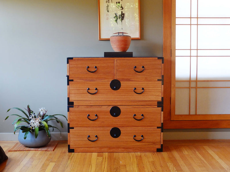 Japanese Style Clothing Chest (KB18)