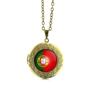 Beautiful International Team Lockets (Multiple Countries)