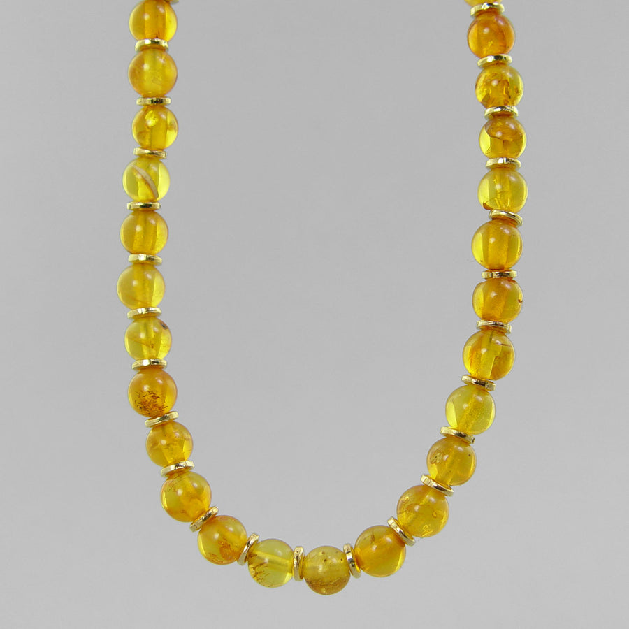 Amber Classic Round Necklace
