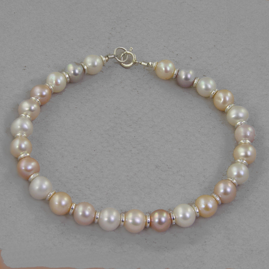 Mixed Pearl Classic Round Bracelet