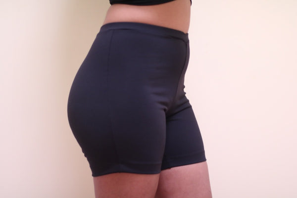 Booty Short // Licorice