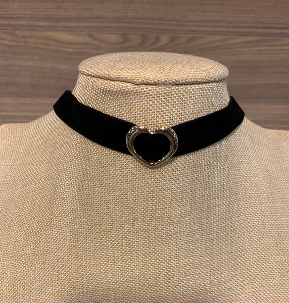 Heart of Gold Velvet Choker Necklace, Necklaces - www.thestoneflower.com