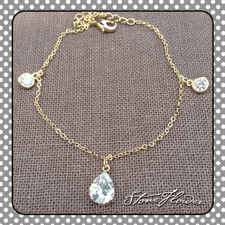 Filigree Gold Leaf Charm