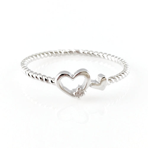 Hearts Twist Rope Ring, Rings - www.thestoneflower.com