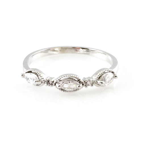 Oval Crystal Ring, Rings - www.thestoneflower.com