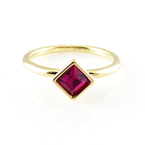Fuchsia Crystal Ring, Rings - www.thestoneflower.com