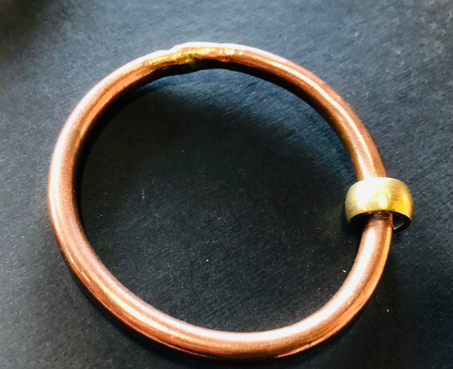 Classic copper bangle with bead