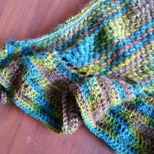 Combining knitting and crochet to make a shawlette