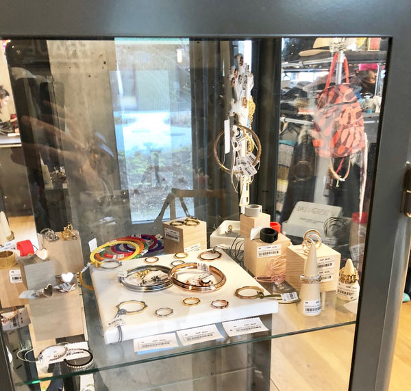 V DESIGN LAB Jewellery at Marta Flohmarkt