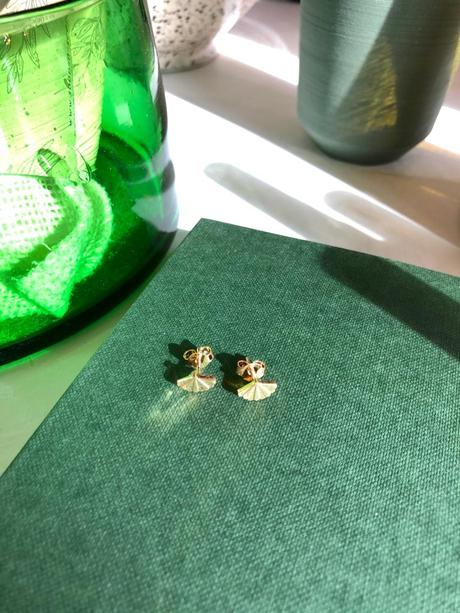 SANTIAGO Shell Mini Studs (Single or as a Pair)