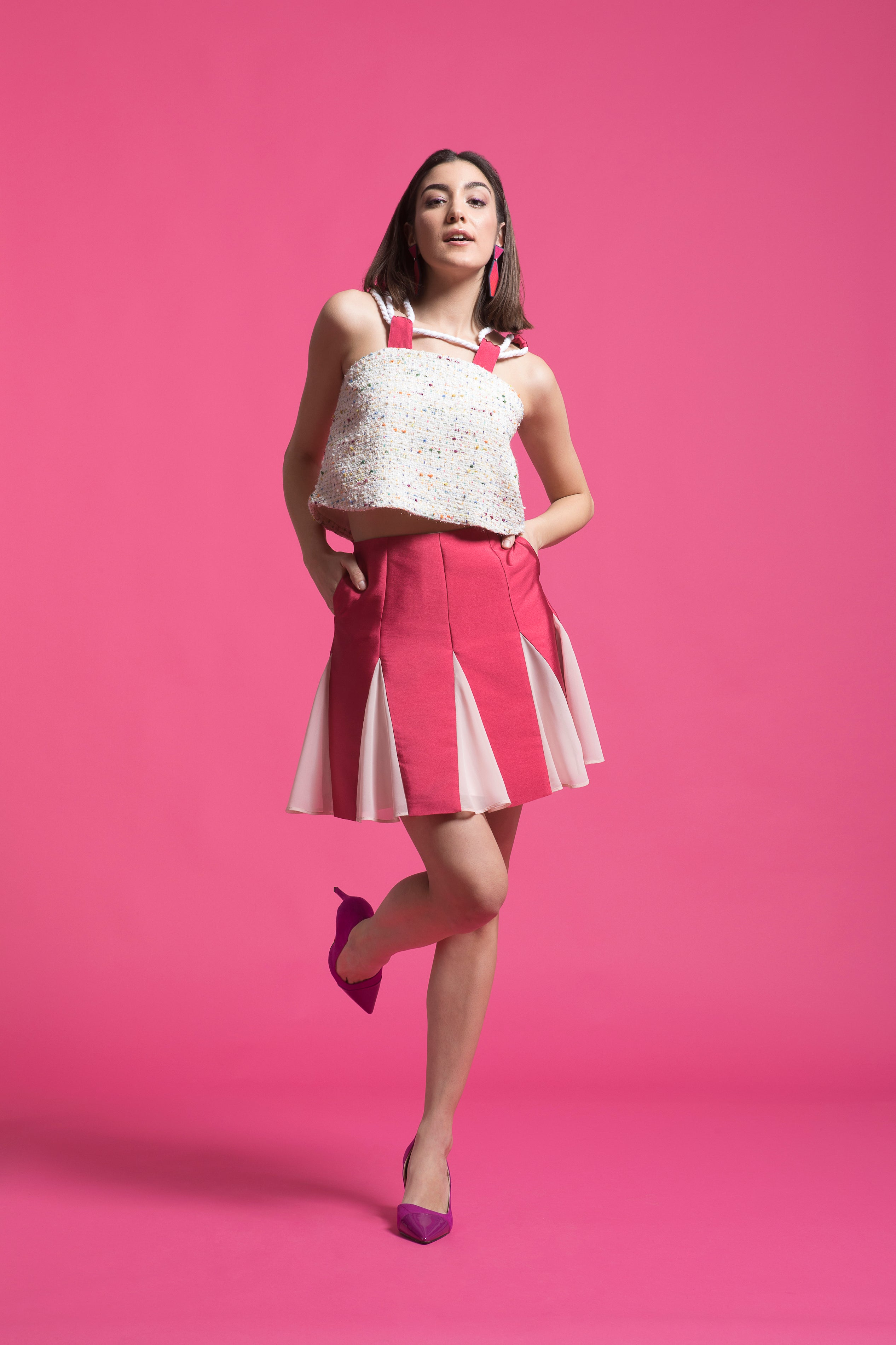 Two toned A-line skirt with chiffon godets