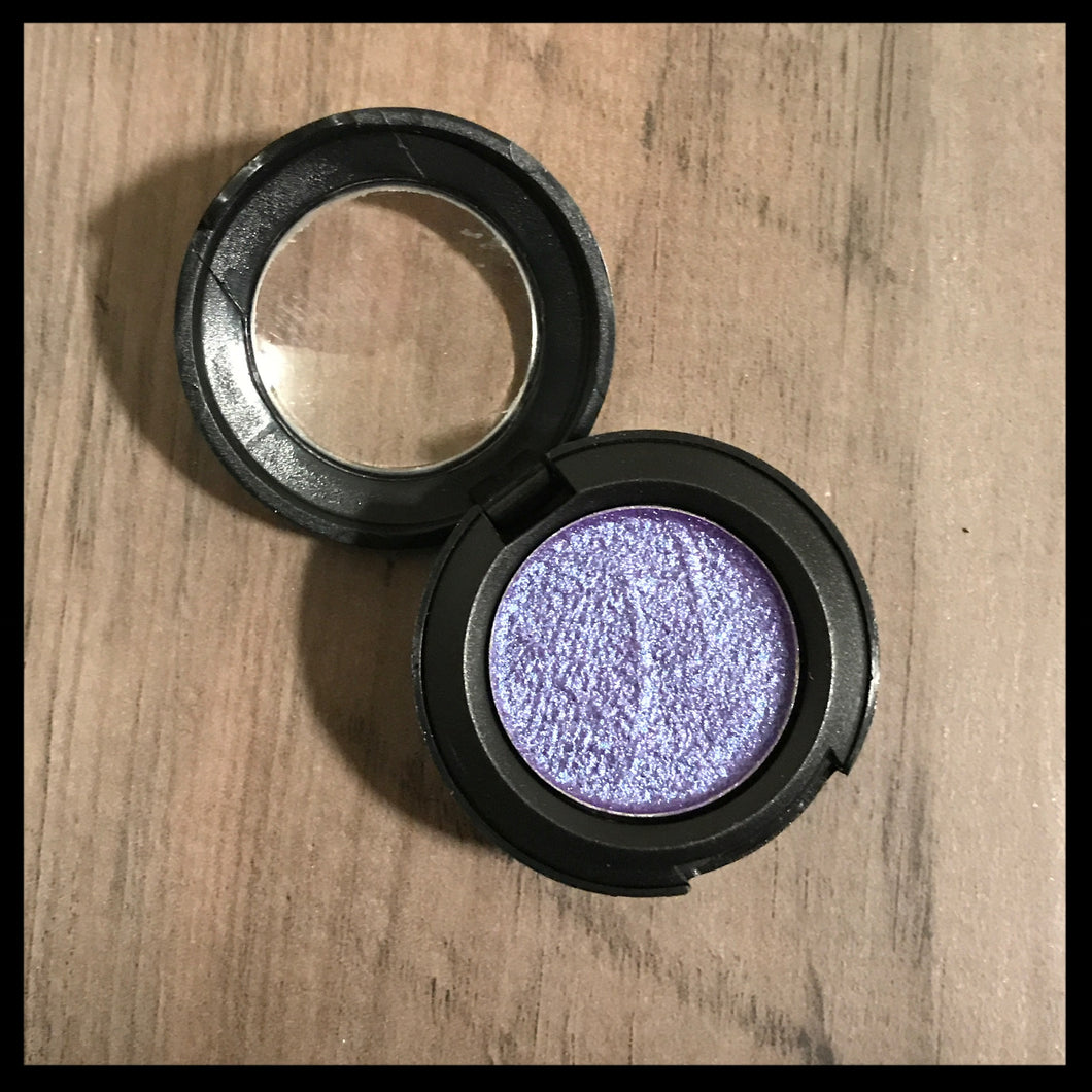 Mineral Based EyeShadow (Purple)