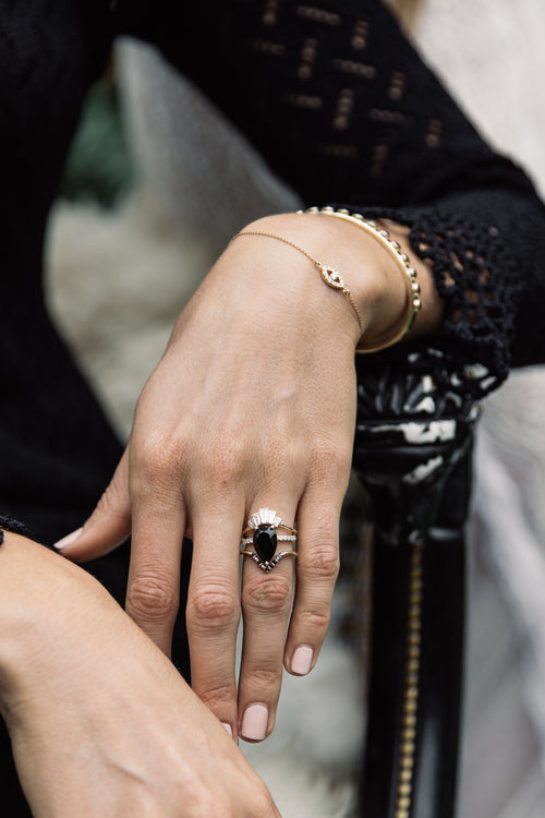 Black Diamond Triangle Nesting Ring